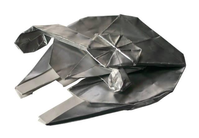 Origami Star Wars Millenium Falcon