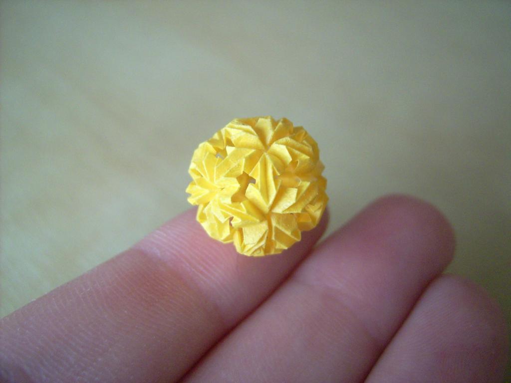 Origami Floreuskugel