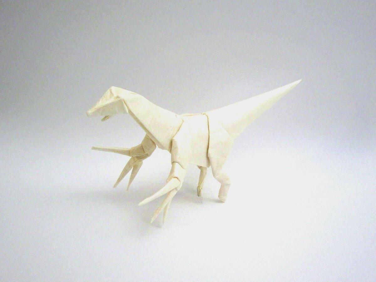Origami Therizinosaurus