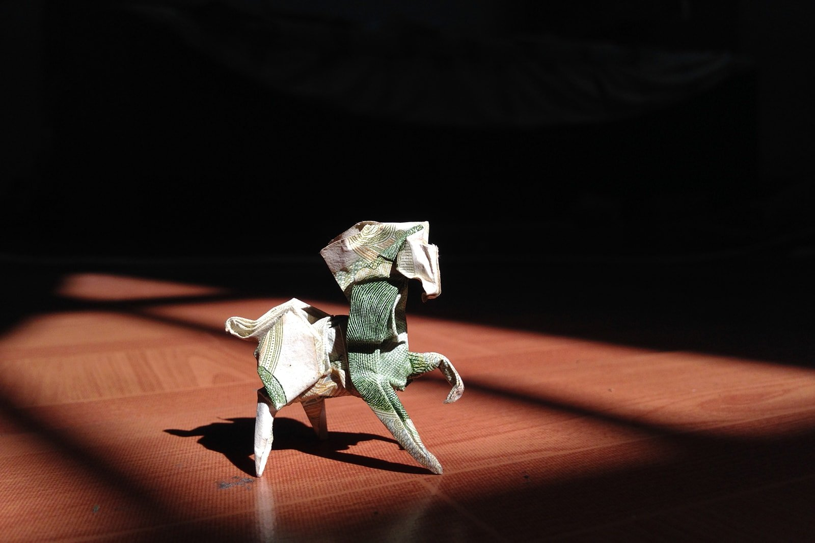 22 awesome origami models folded using paper money rh origami me