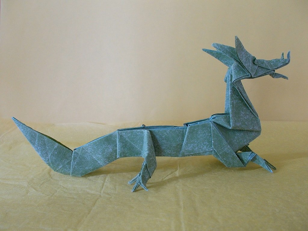 Intricate Paper Dragons | Origami ancient dragon, Origami dragon ... | 768x1024
