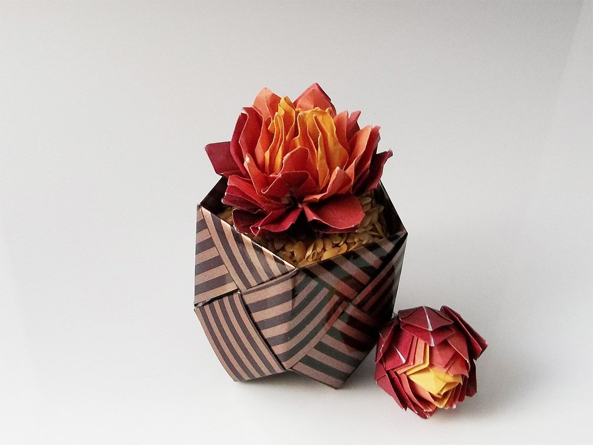 40 Origami Flowers You Can Do | Origami crafts, Paper dahlia ... | 900x1200