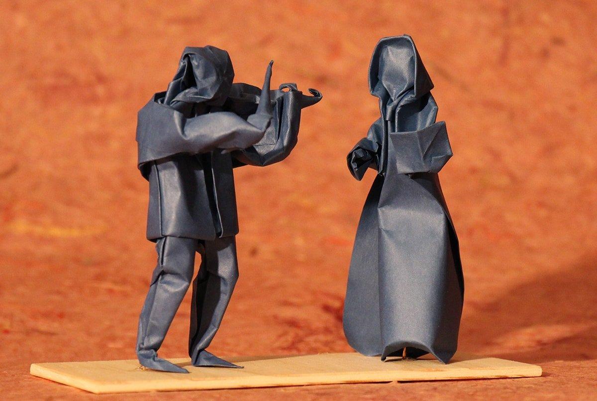 Violinist and Singer