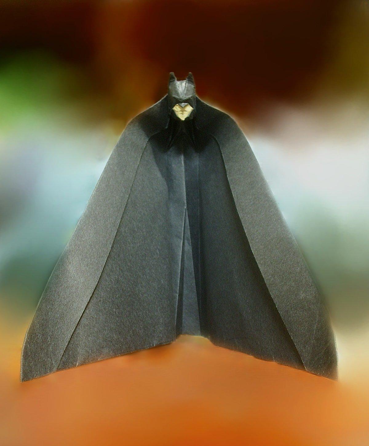 Papercraft Batman by Jackie Yang