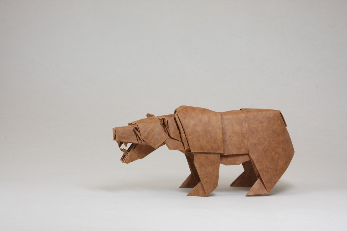 Bear Papercraft by Quentin Trollip