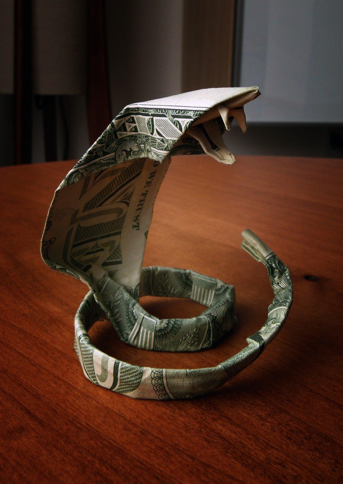Dollar Cobra