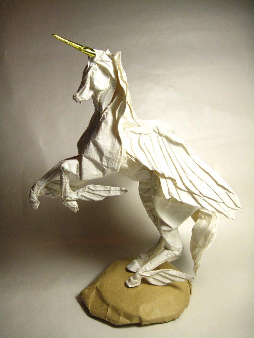 Amazing Alicorn by Leo Lai
