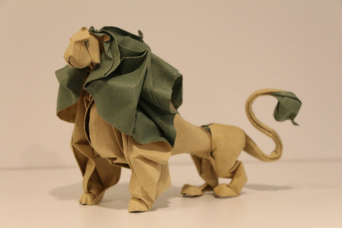 Lion by Hoang Tien Quyet (Leo)