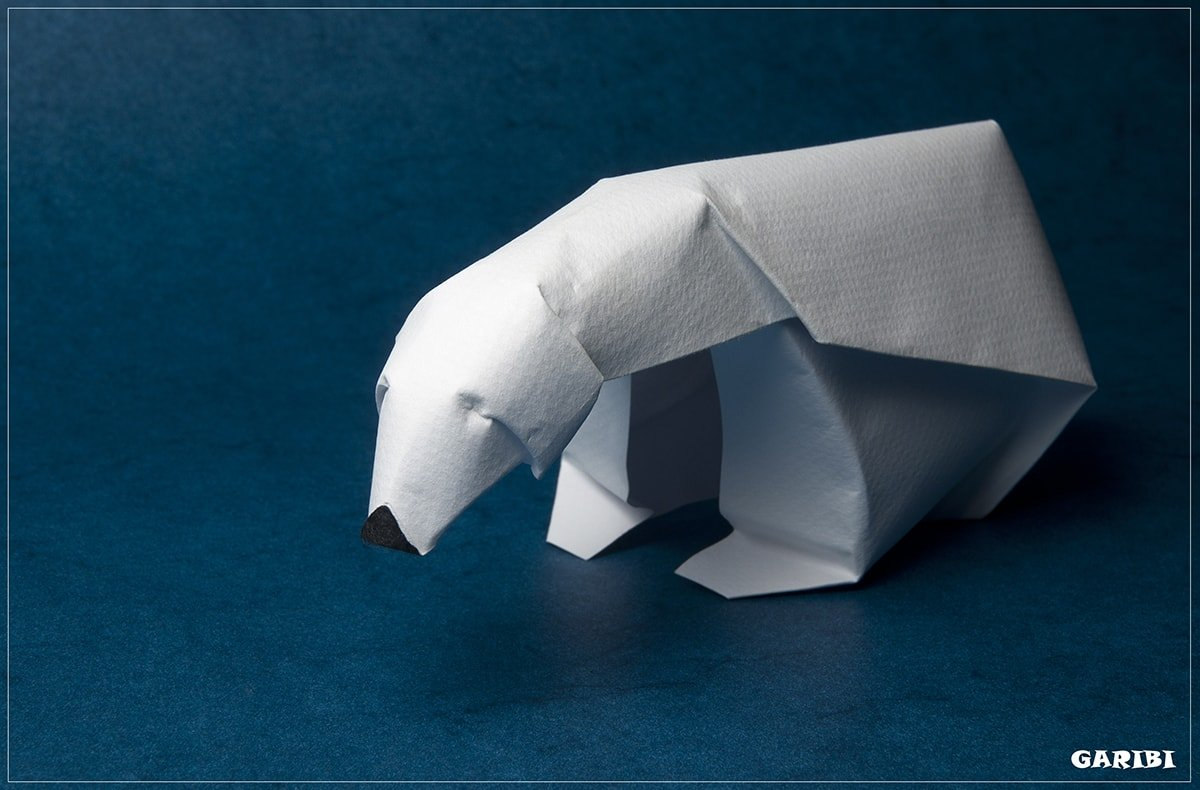Polar Bear by Giang Dinh