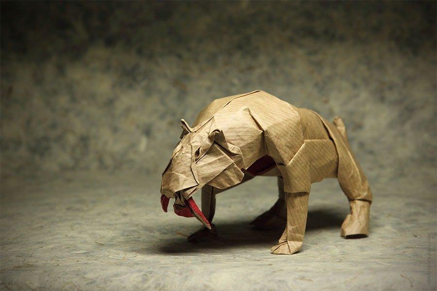 Smilodon by Satoshi Kamiya