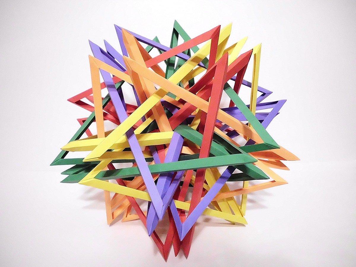 Five Interlocking Irregular Tetragonaly Twisted Triakis Tetrahedra v.2 (Byriah Loper)