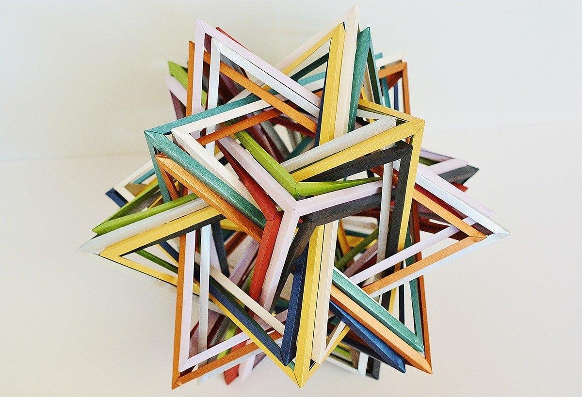 """K5"" Twenty Interlocking Tetrahedra v.2 (Byriah Loper)"