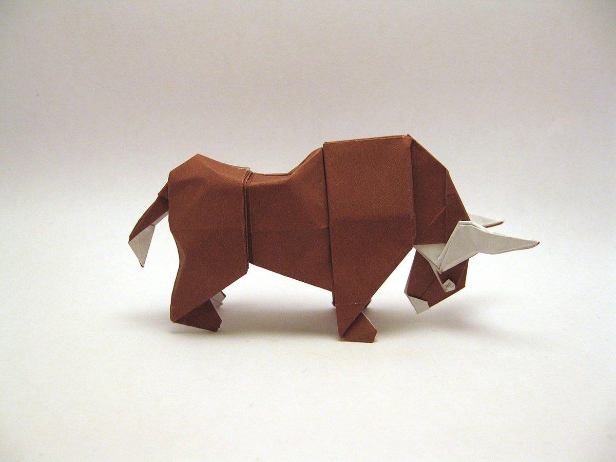 Bull by Mindaugas Cesnavicius