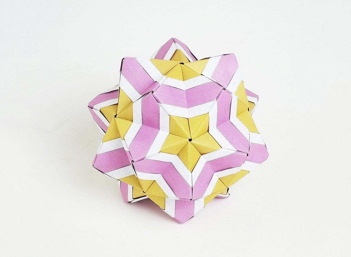 Sonobe Kusudama by Peter Keller