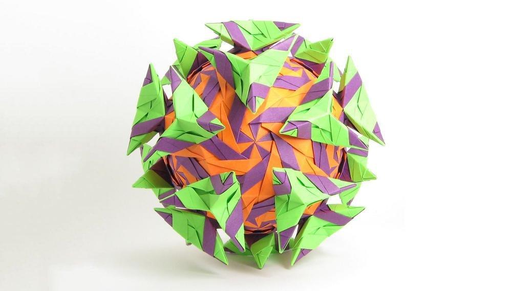 Polyhedron with 150 units by Tomoaki Yano