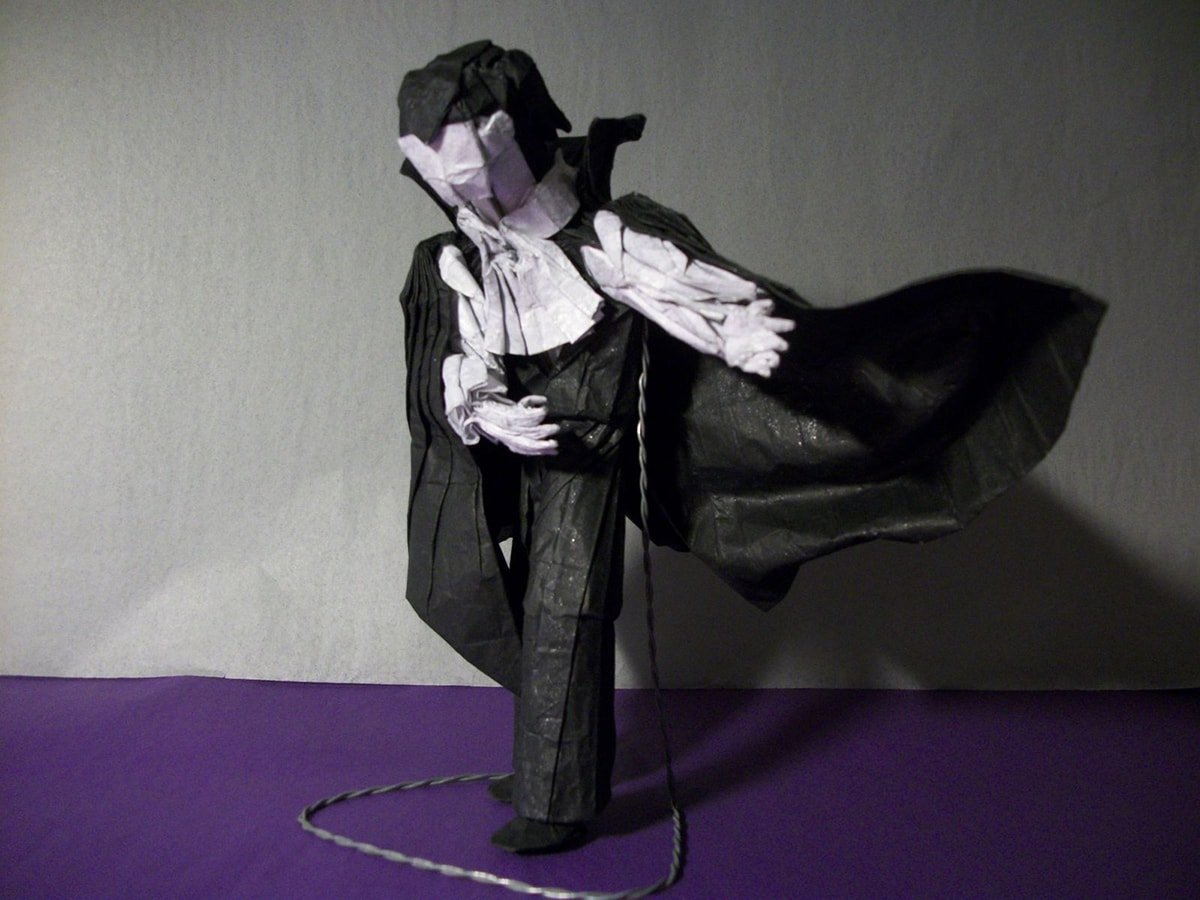 Vampire by Hubert Villeneuve