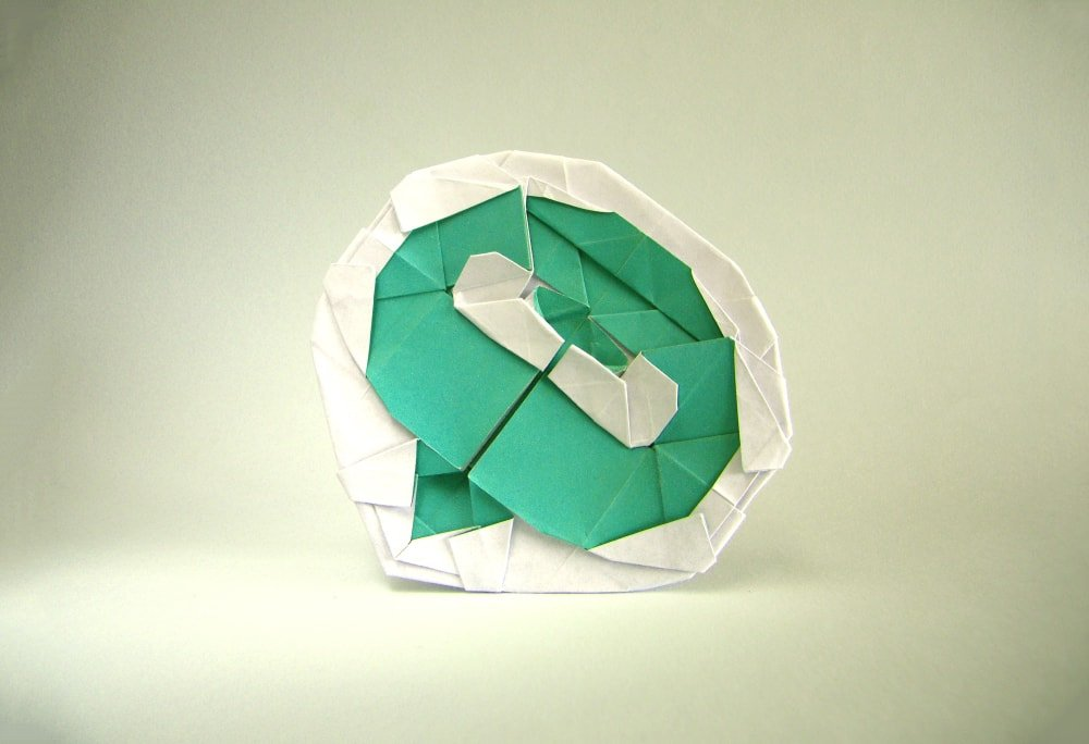Origami Logos Flags And Other Awesome Looking Paper Symbols